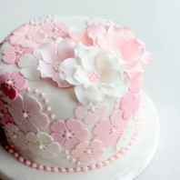 Cake Decorating – Flowers and Cake Design
